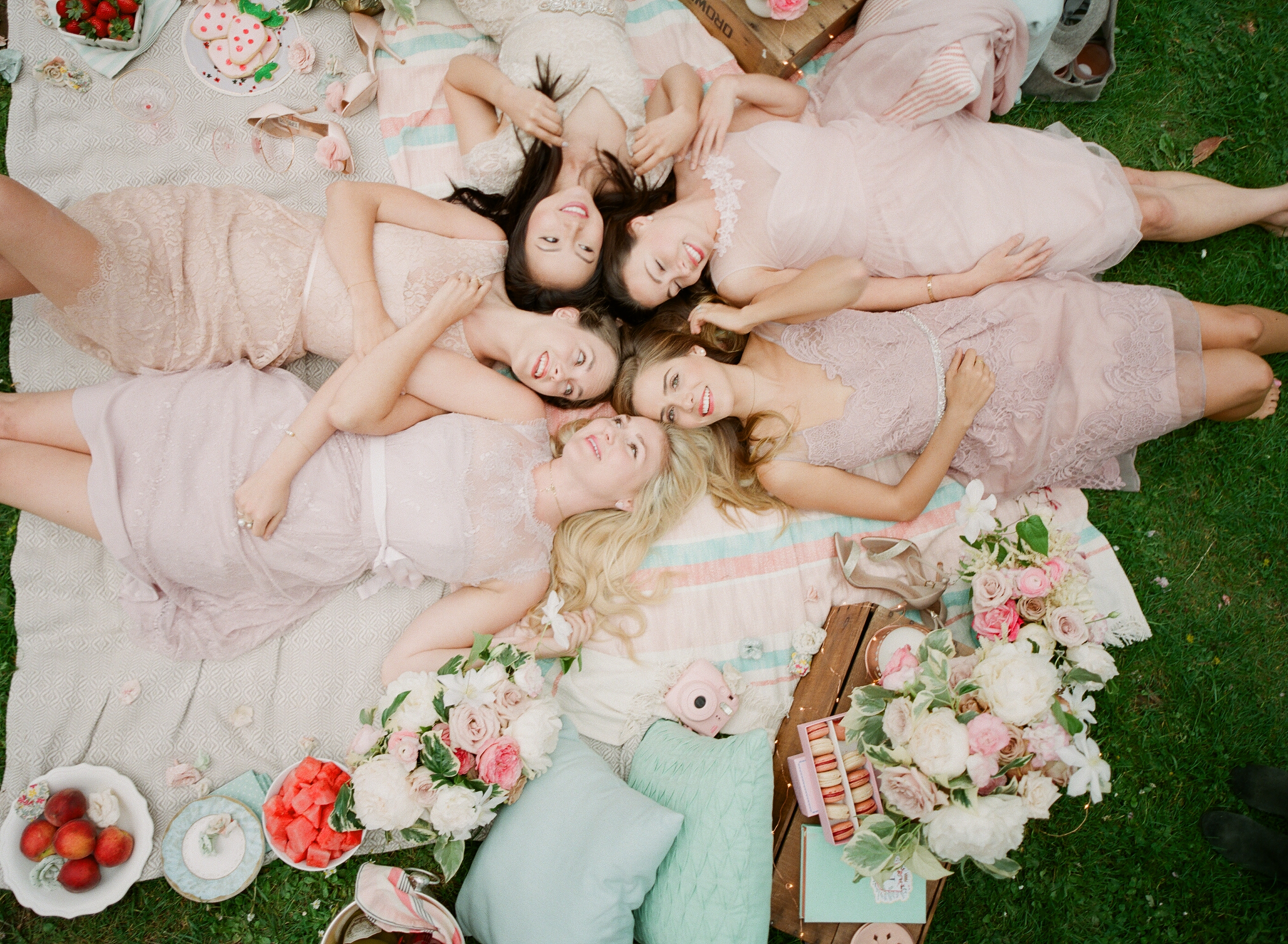 Whimsical Picnic Shoot