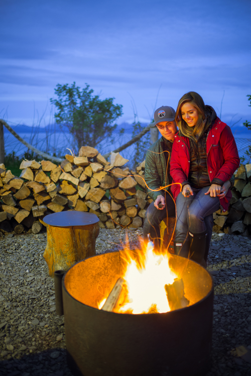 homer-firepit-kenai-peninsula-suites-thomas-julia