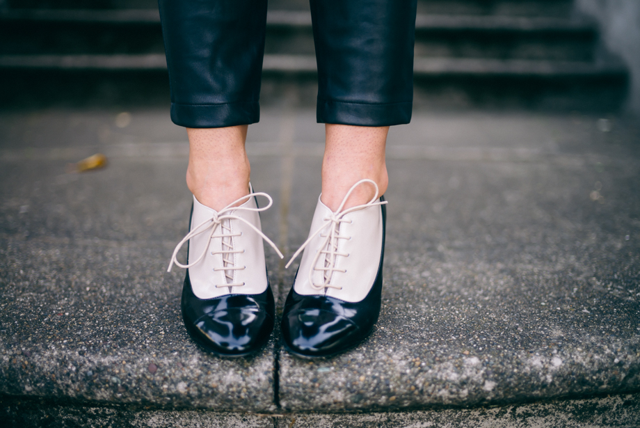 Gal Meets Glam Kate Spade Heeled Oxford Shoes