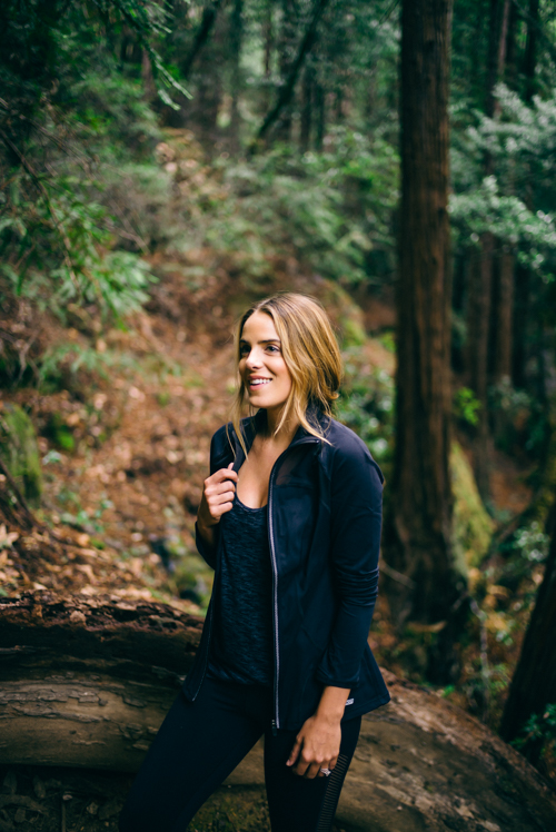 Gal Meets Glam Hiking Outfit In Muir Woods