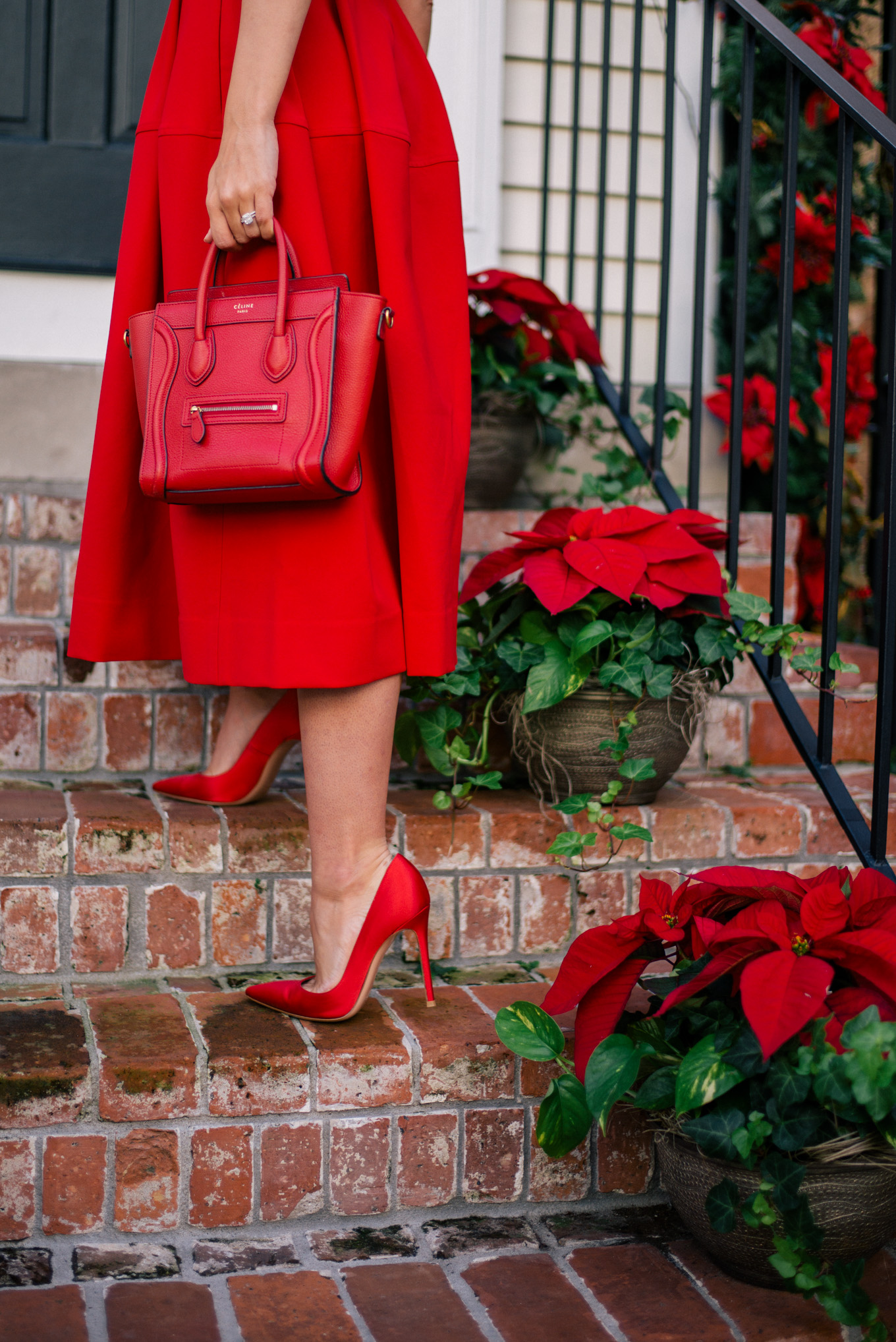 gmg-holiday-red-dress-1000433