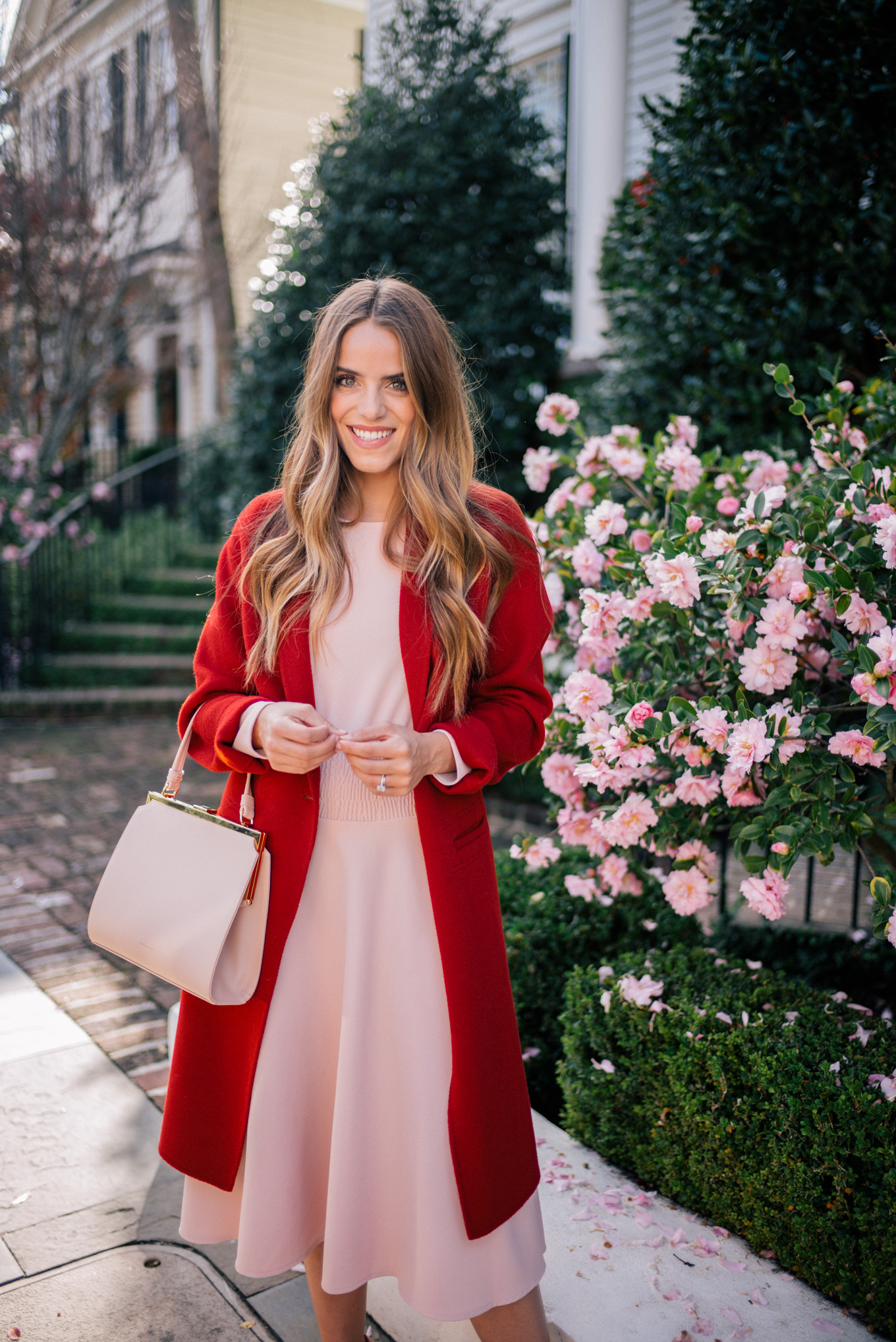 gmg-pink-dress-red-coat-1009347