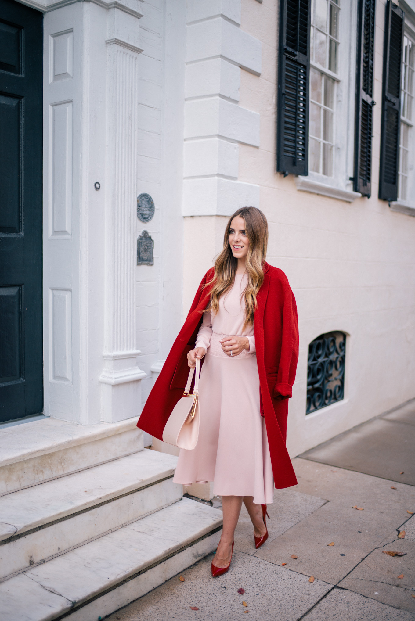 gmg-pink-dress-red-coat-1009509