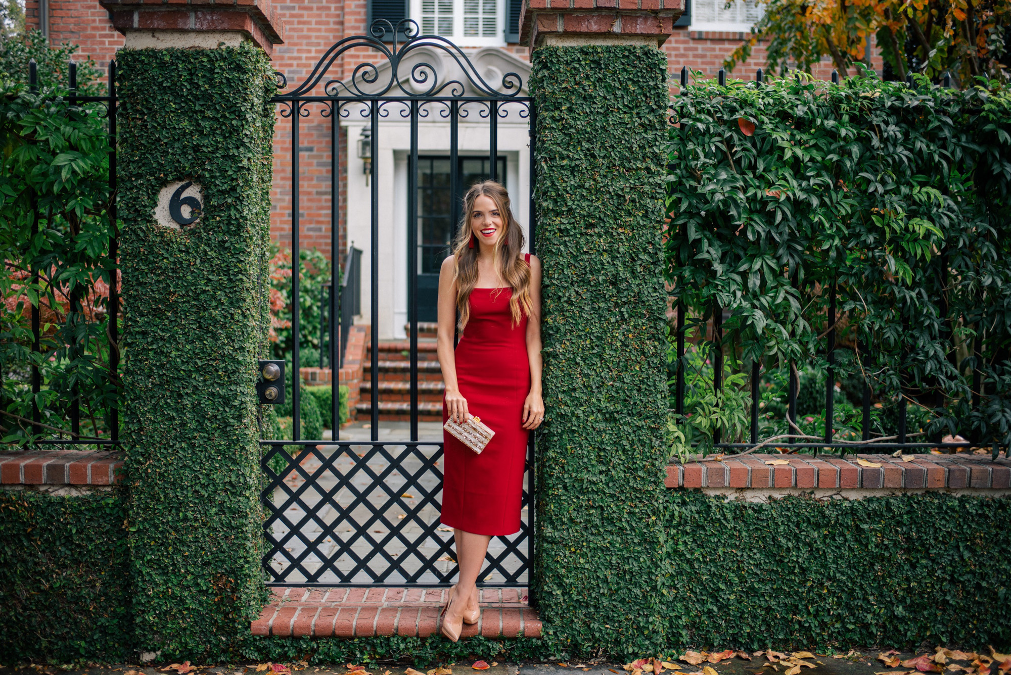 gmg-red-dress-holiday-1519