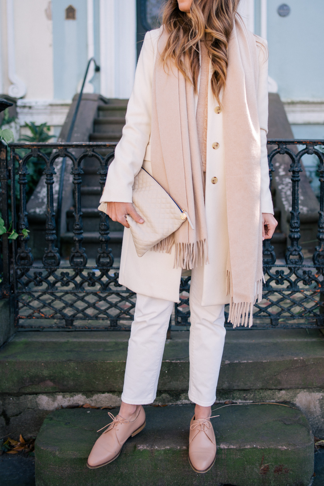 gmg-winter-white-and-cream-outfit-1000663