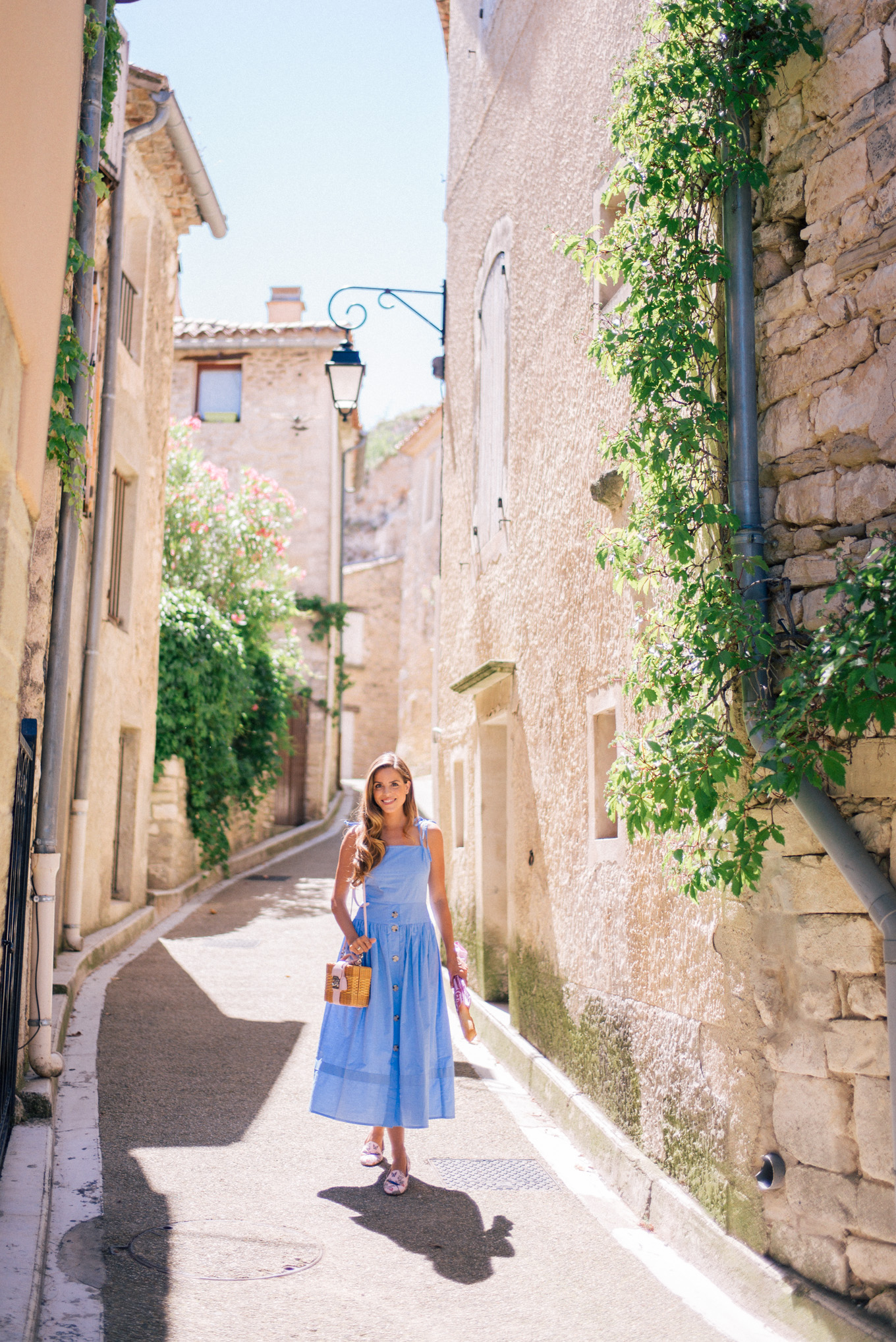 gal-meets-glam-avignon-provence-1002270