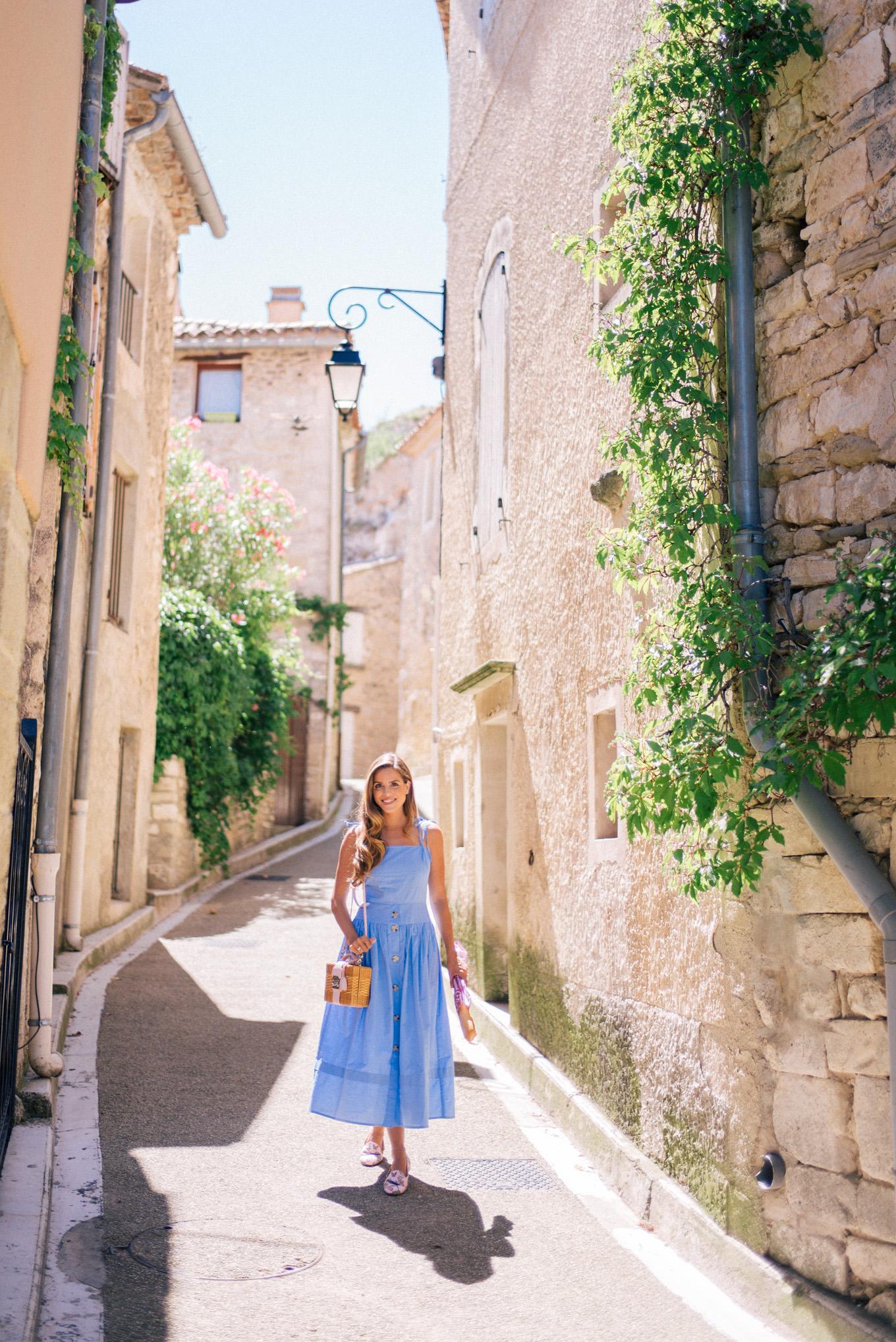 gal-meets-glam-avignon-provence-1002270