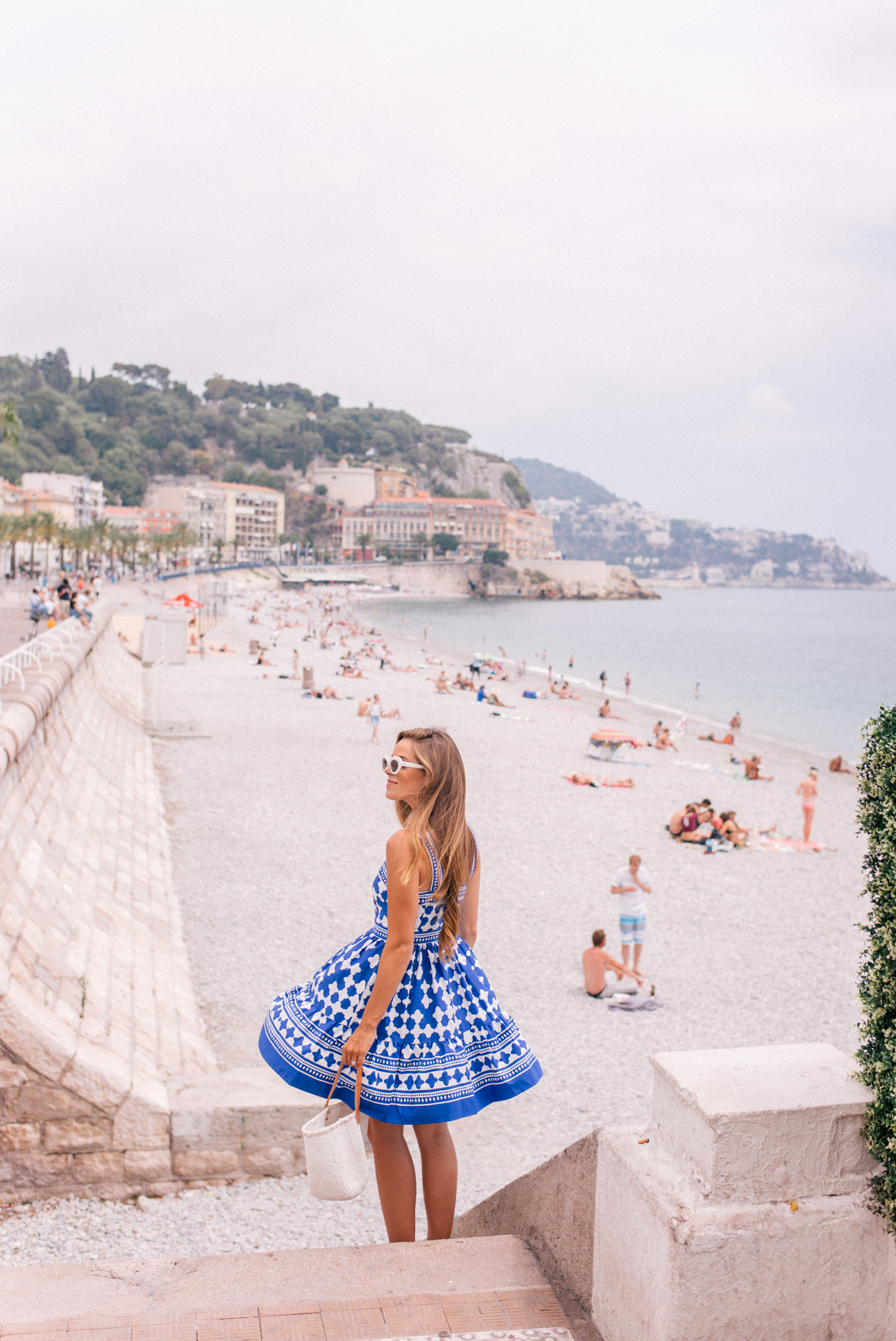 gmg-blue-and-white-nice-france-1007151