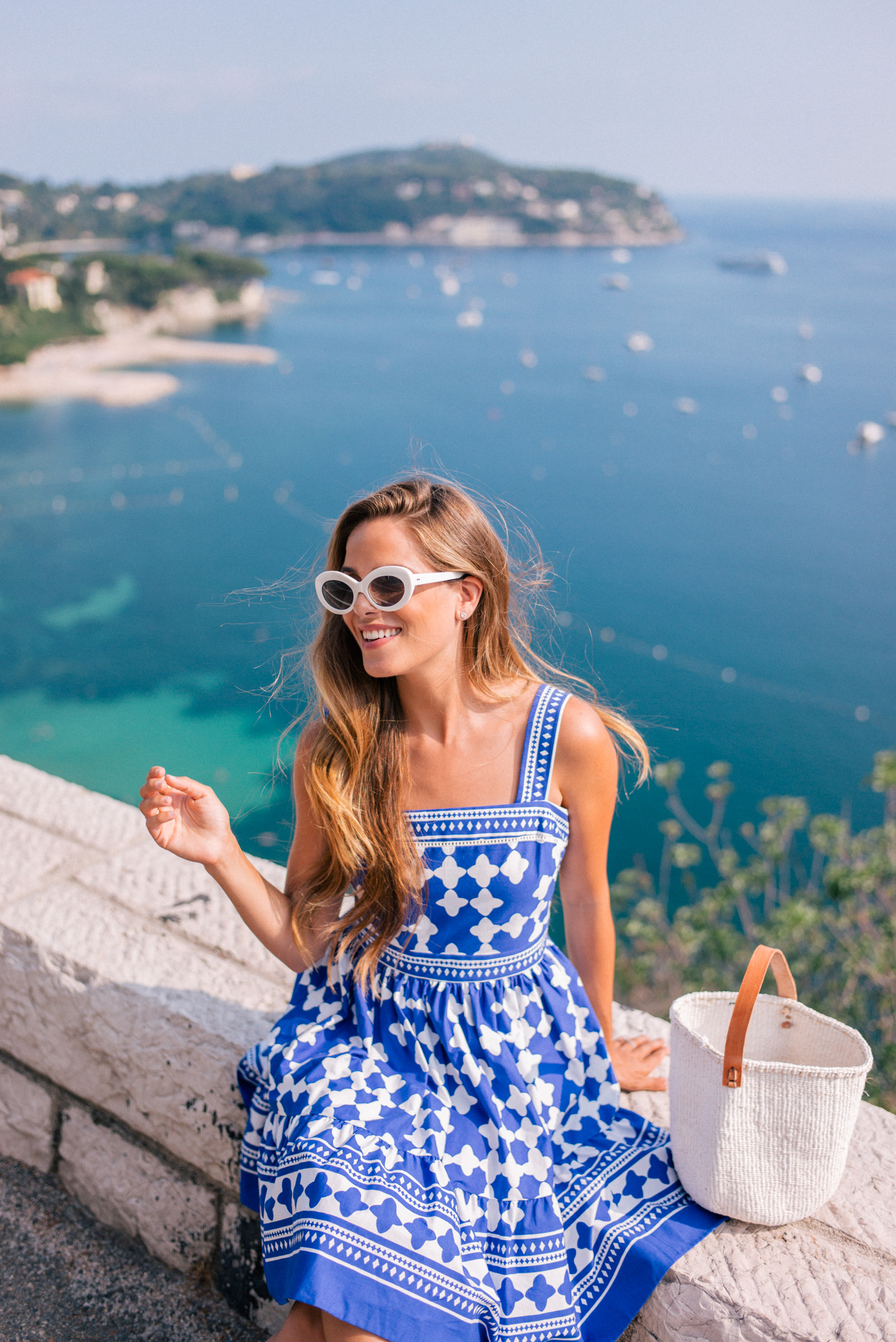 gmg-blue-and-white-nice-france-1007523