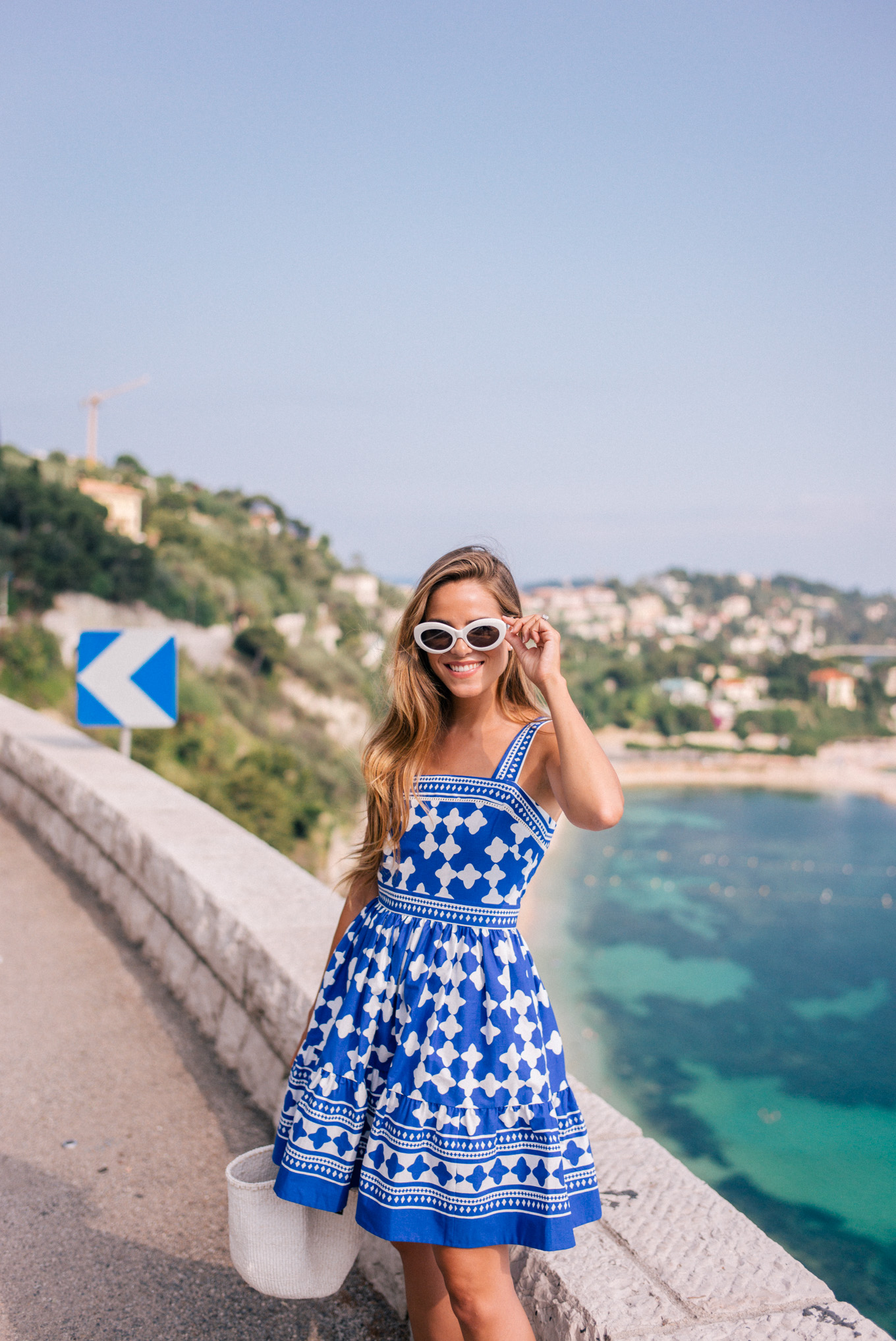 gmg-blue-and-white-nice-france-1007535