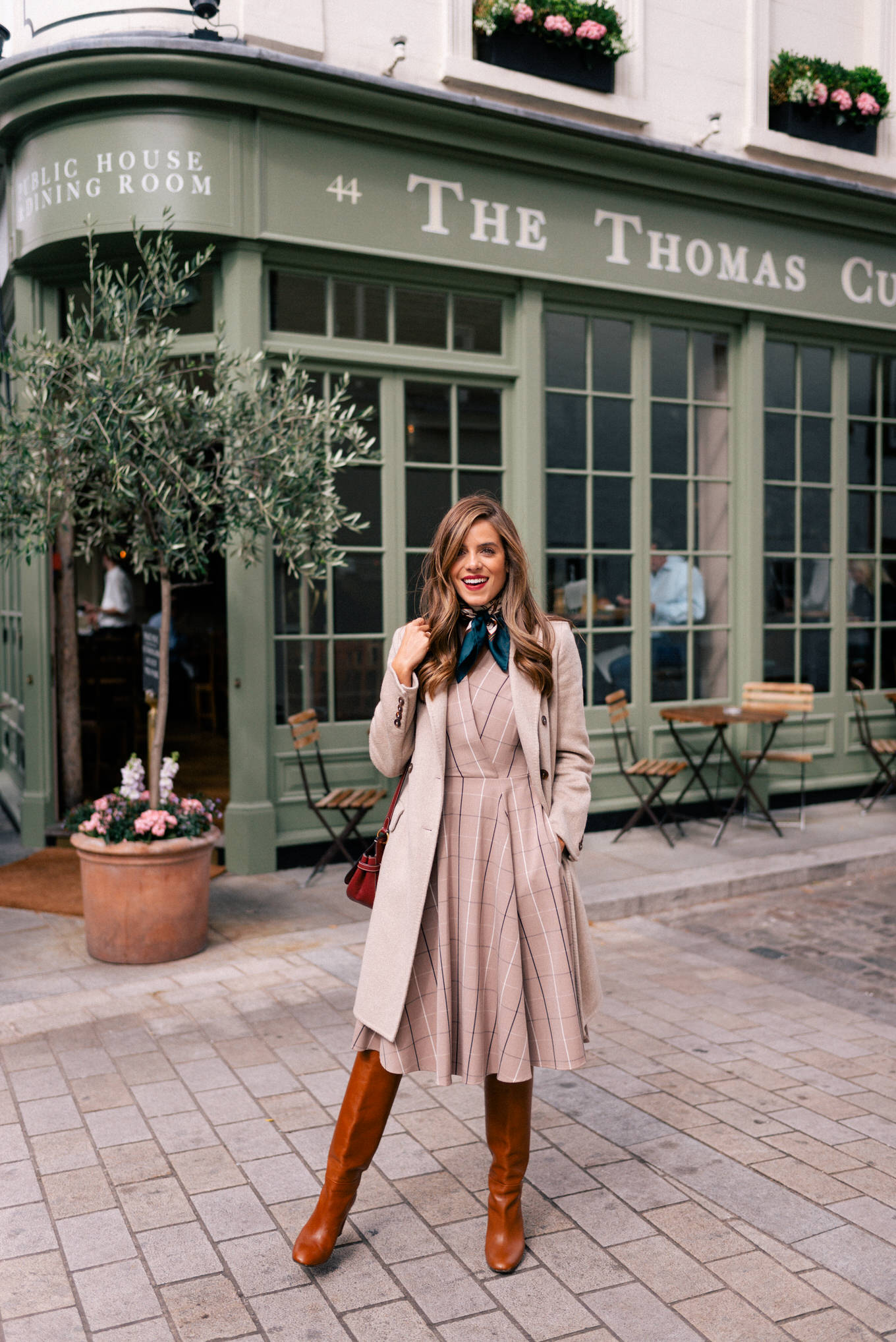 3 Items To Help You Style Dresses For The Fall Season - Gal