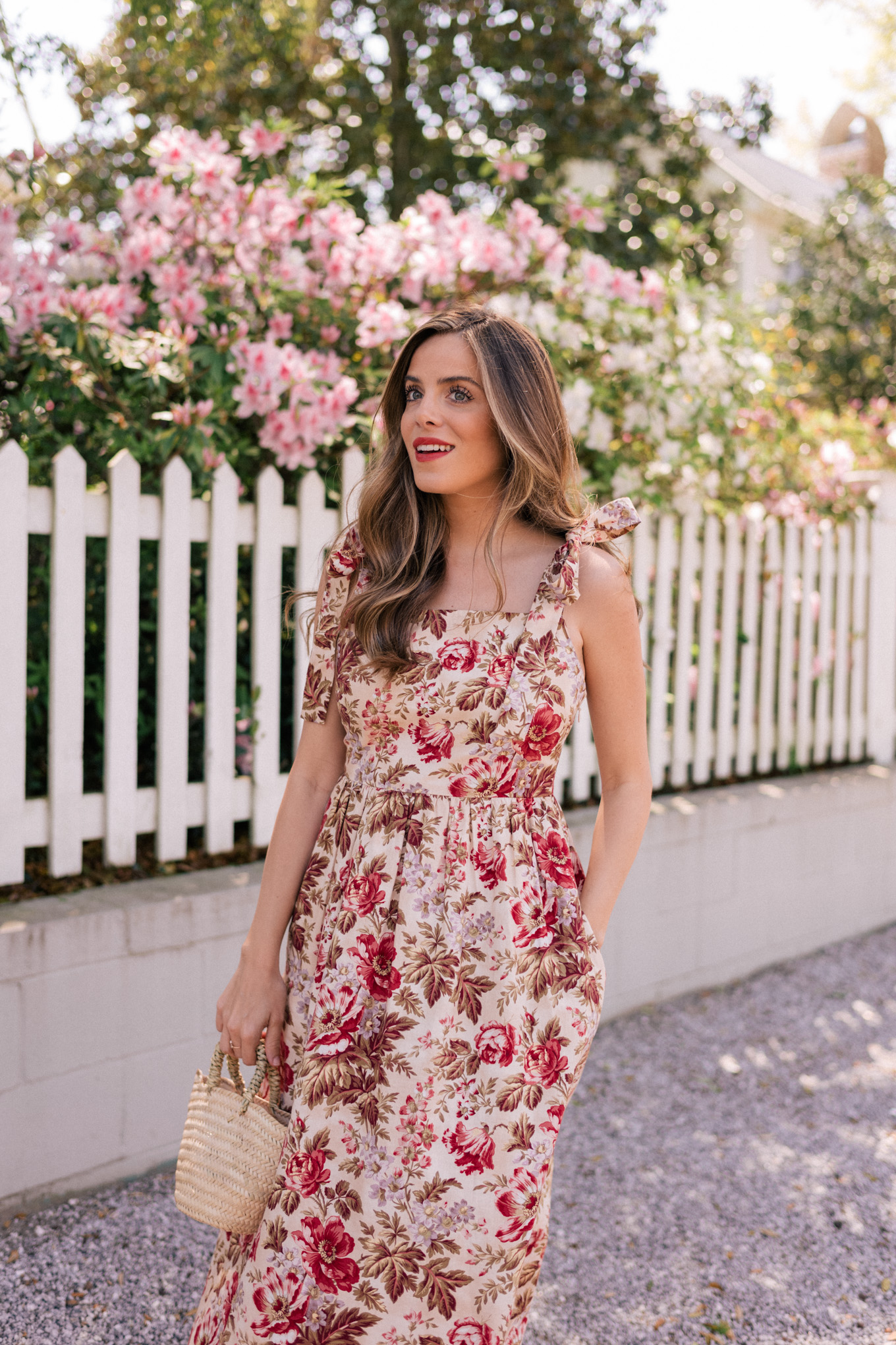 eb9c9b516271 Spring is my favorite season for maxi dresses. The longer hem keeps legs  warmer than a midi or mini would on cool mornings, but a lightweight dress  is still ...