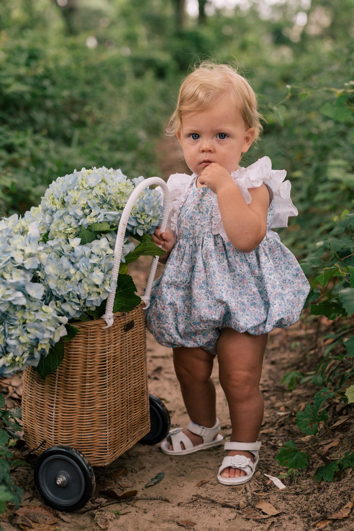 white summer sandals mommy mini