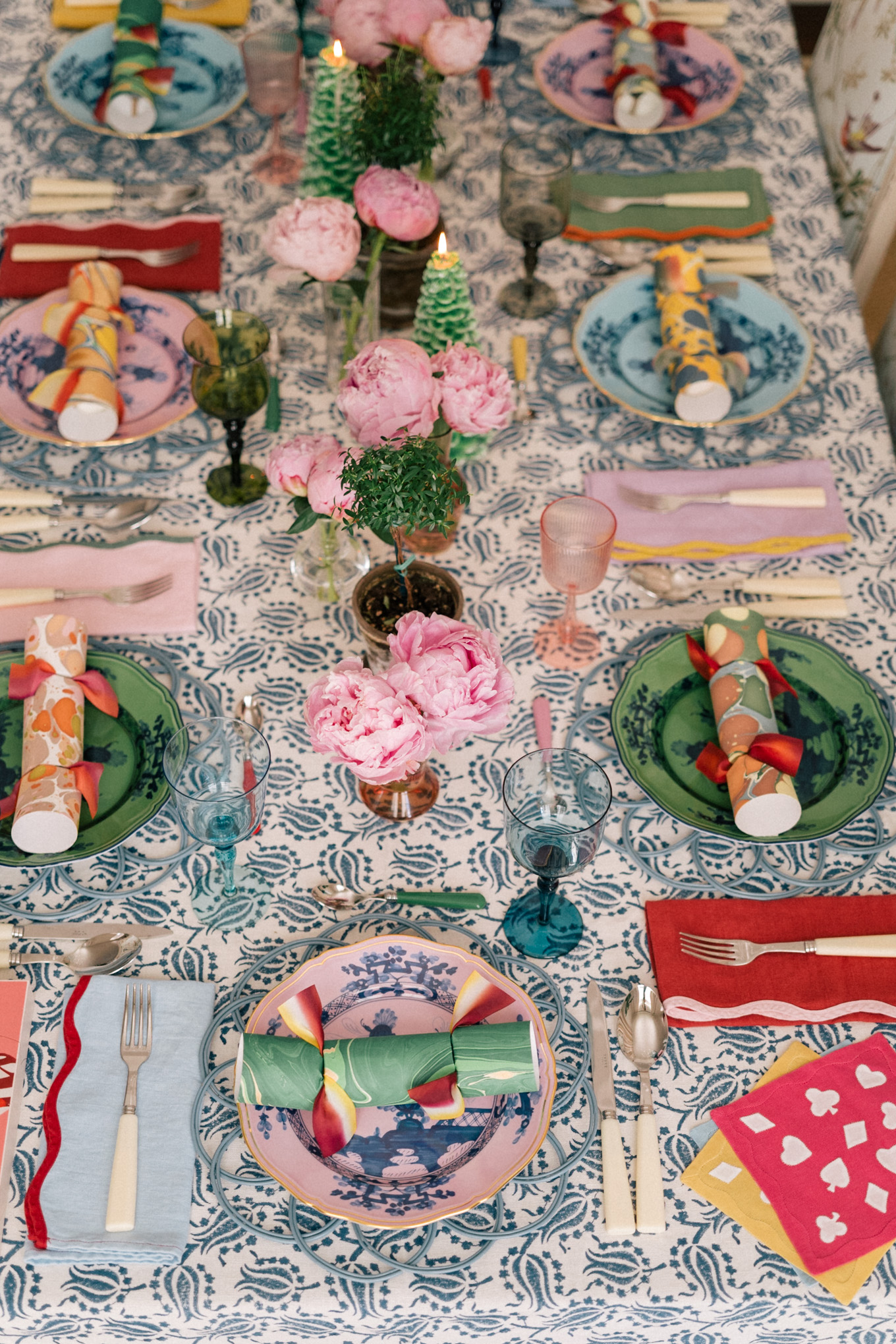 colorful holiday tablescape