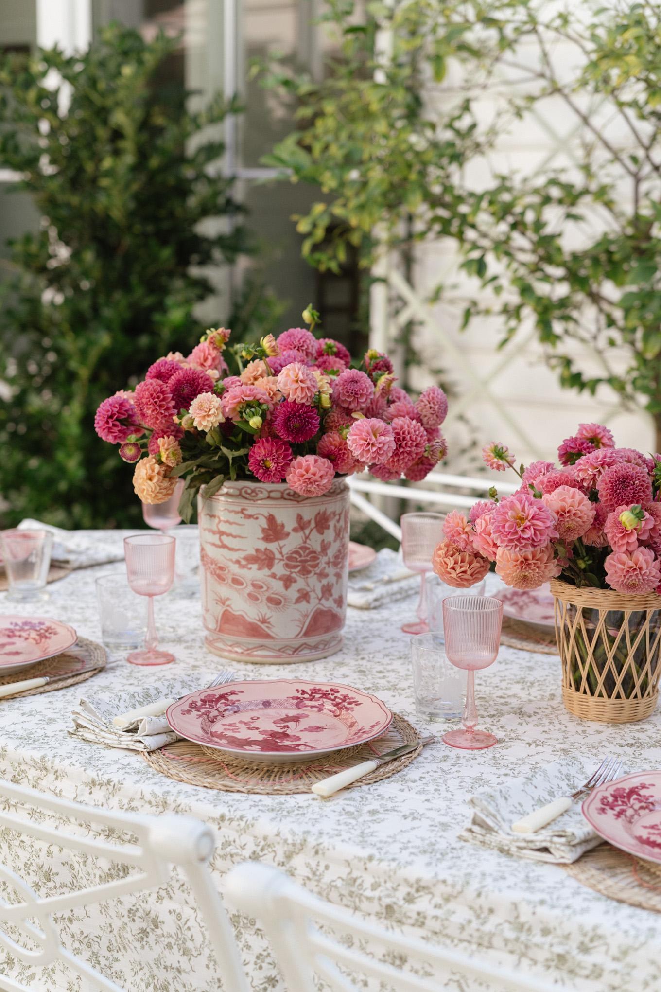 feminine fall table setting